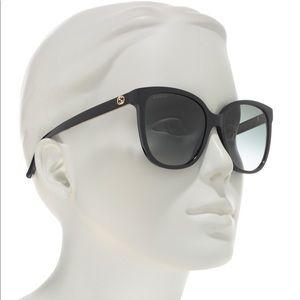 GUCCI 55mm Oversized Sunglasses